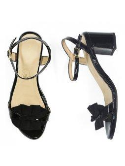 """Dámské černé sandálky """"Ruffle Sandals"""" z biooleje"""