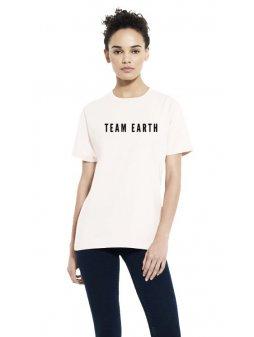 closeup team earth