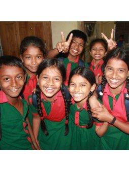 """ADRA Pomoc v Bangladéši """"Půl roku ve škole"""""""