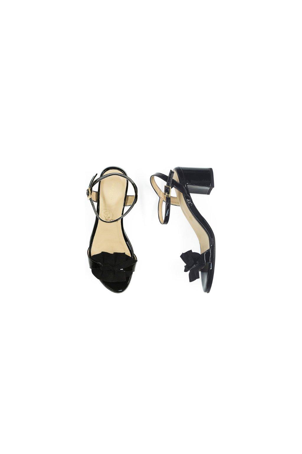 "Dámske čierne sandálky ""Ruffle Sandals"""