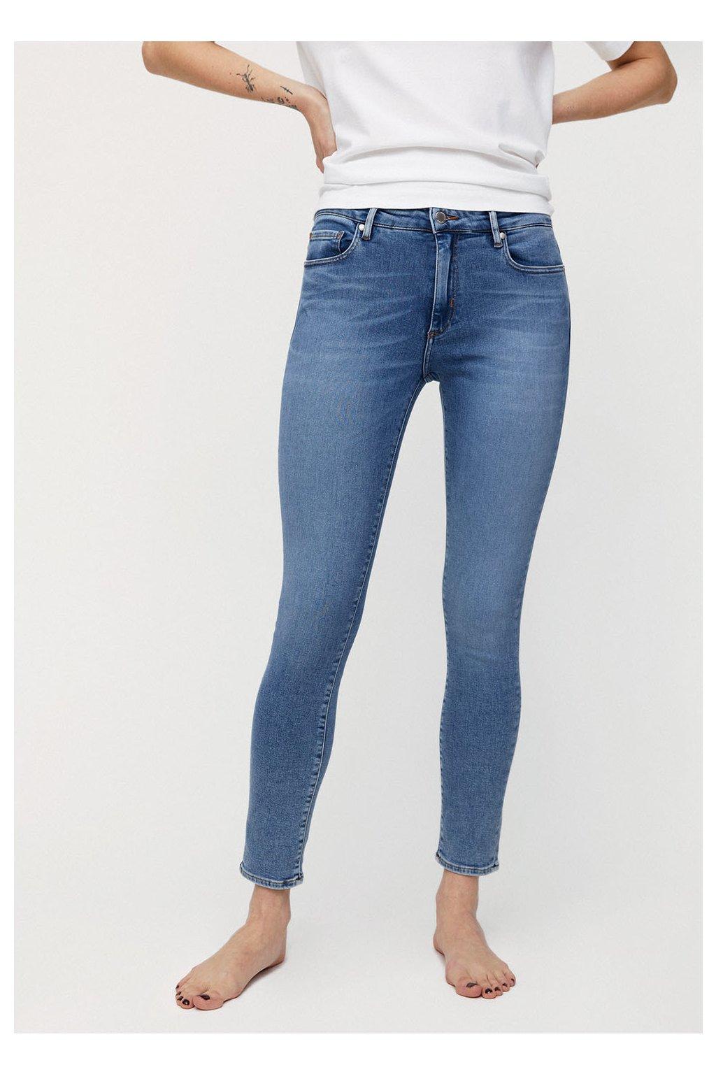 """Dámské světle modré džíny """"TILLAA X STRETCH sky blue"""" (Velikost 25/32)"""