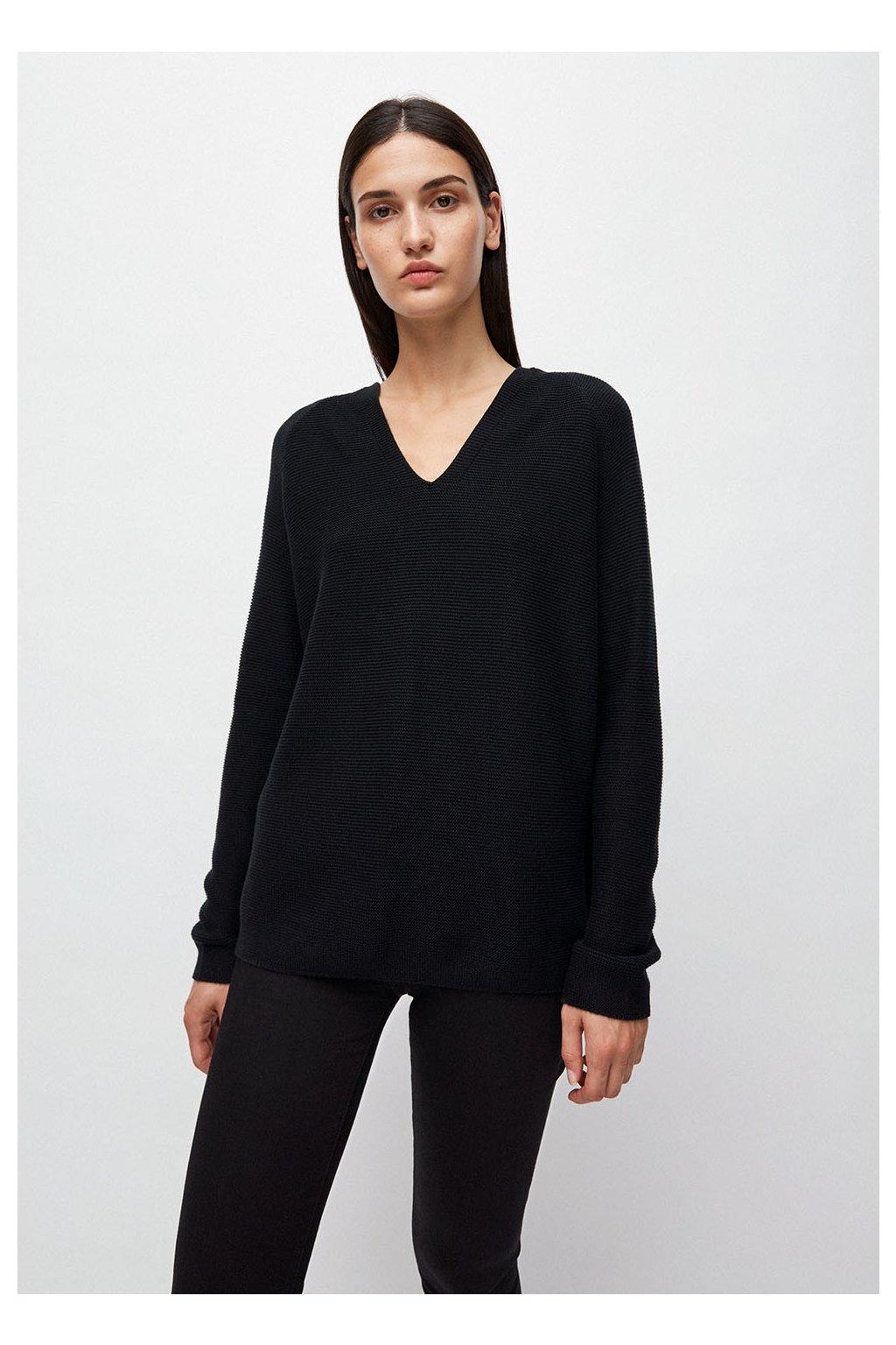 """Dámský černý svetr """"FAARINA black"""" (Velikost L)"""