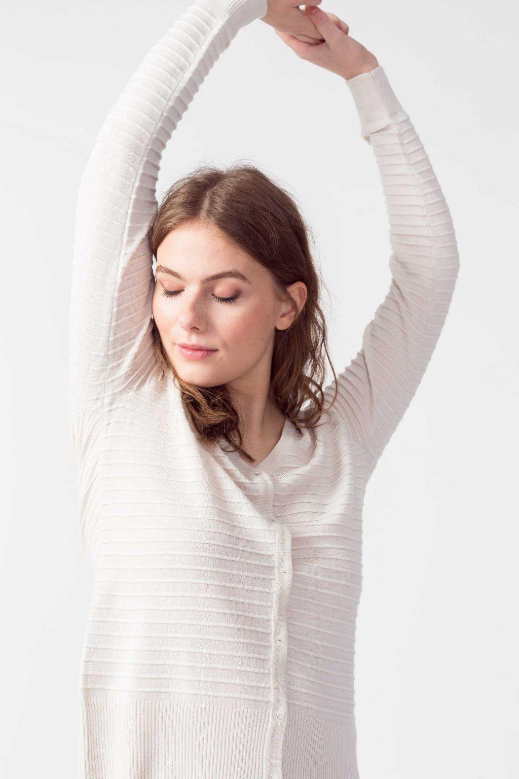 sweater organic cotton betti skfk wsw00417 12 ofb