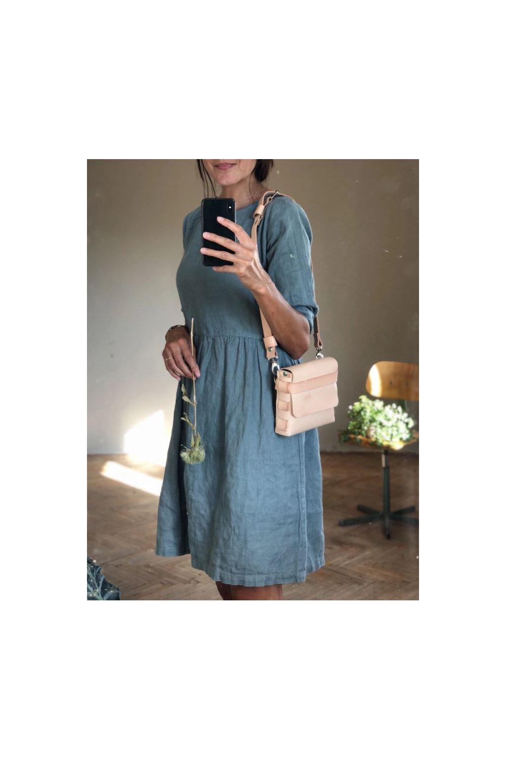 Ľanové šaty bez gombíkov s dlhým rukávom - rôzne farby