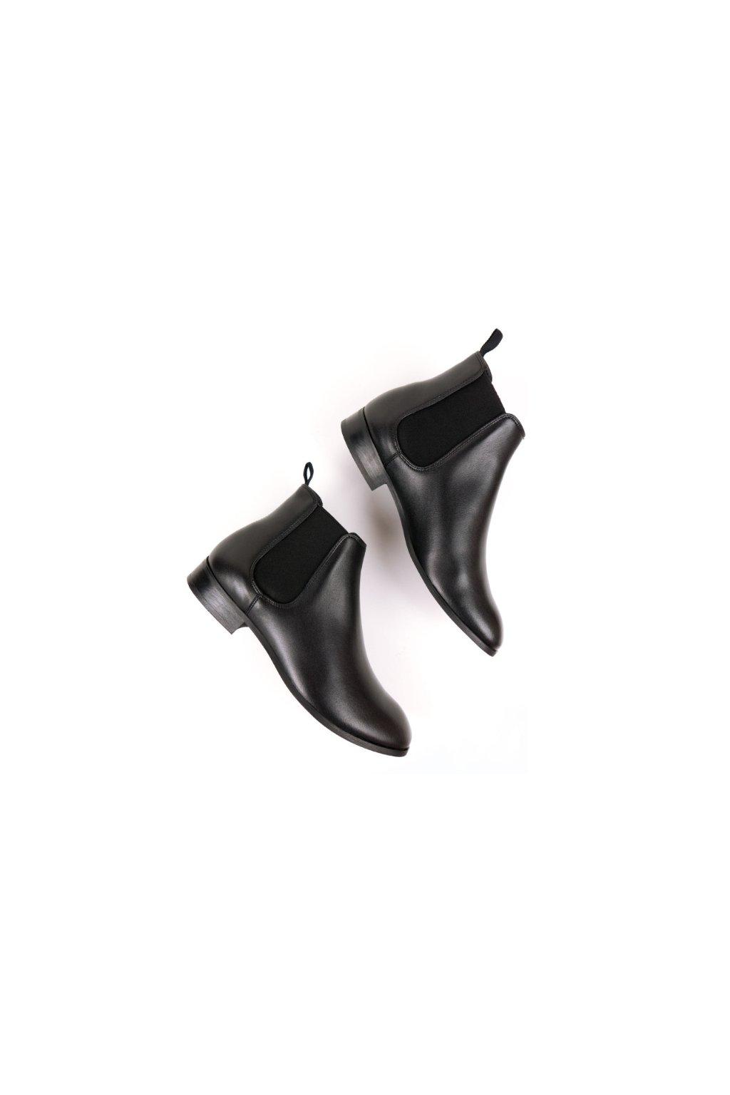 """Pánske čierne členkové topánky z biooleja """"Chelsea Boots Black"""""""
