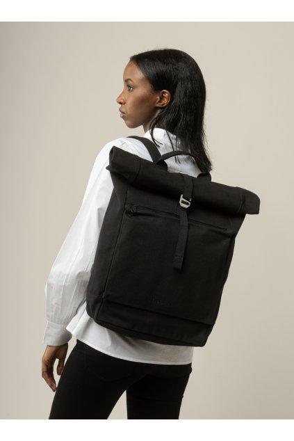 "Čierny roll top batoh z biobavlny ""AMAR black"""