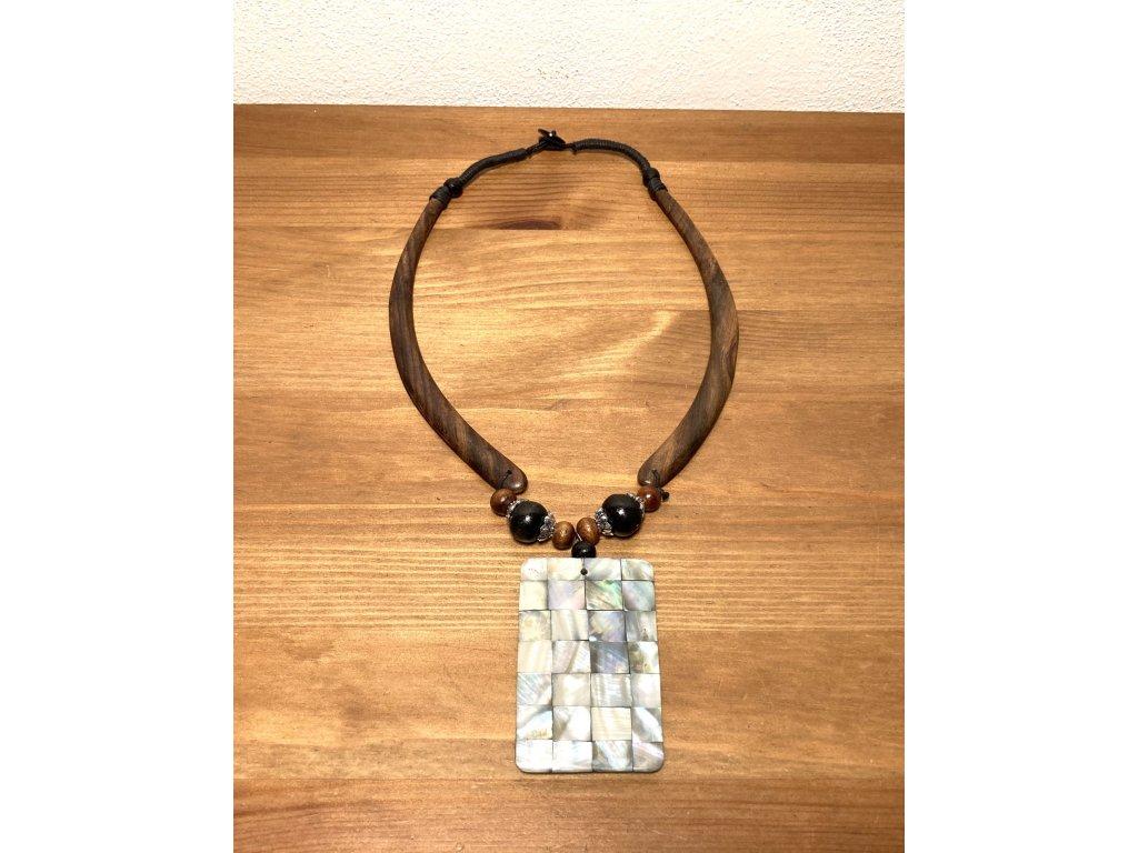 náhrdelník přírodní : perleťový náhrdelník : nahrdelnik perlet
