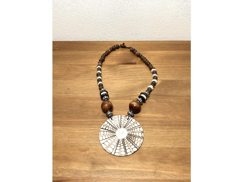 náhrdelník s mušlí : etno náhrdelník : přírodní náhrdelník