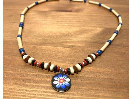 etno korále : korále s kytičkou : dřevěné korále