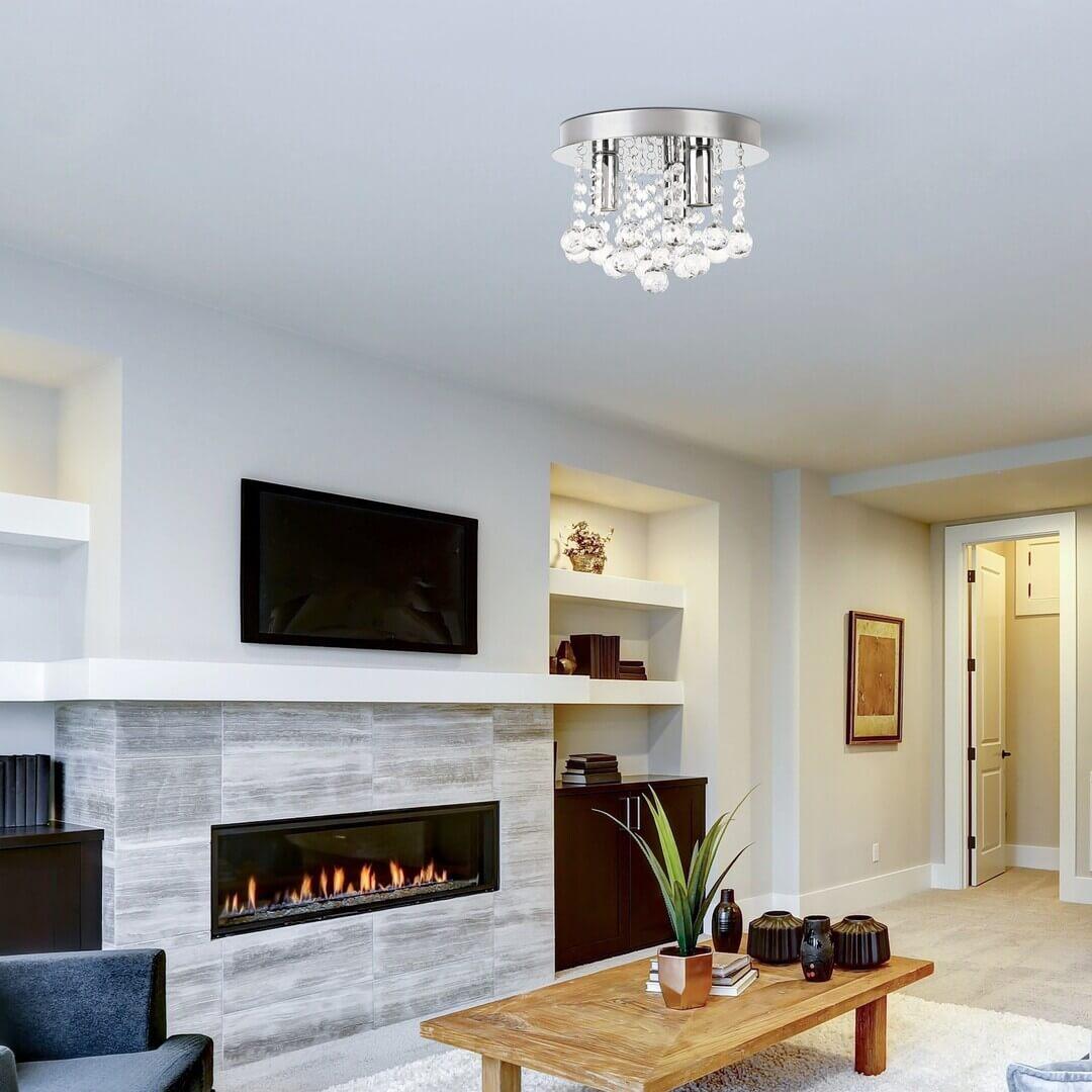 Buďte odvážny pri vyberaní svietidiel do interiéru. Krištáľové svietidlá dokážu hotové zázraky