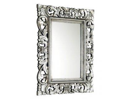 Zrcadla v dřevěném rámu