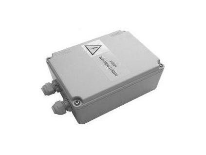 Napájecí zdroj pro 1-8 ks baterií / splachovačů urinálu, 12V, 50 Hz