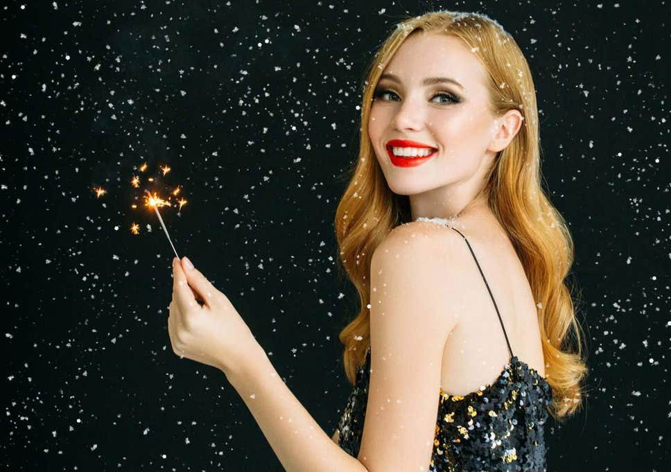 woman-christmas-sparkler