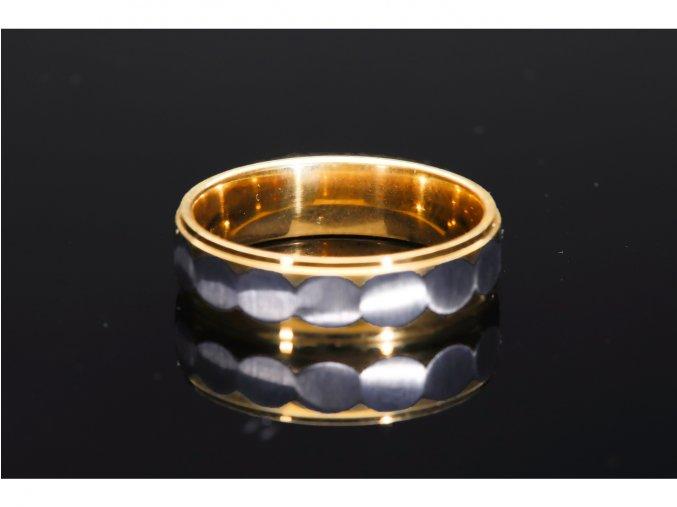prsten makro 14