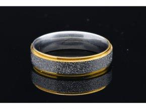 prsten makro 3