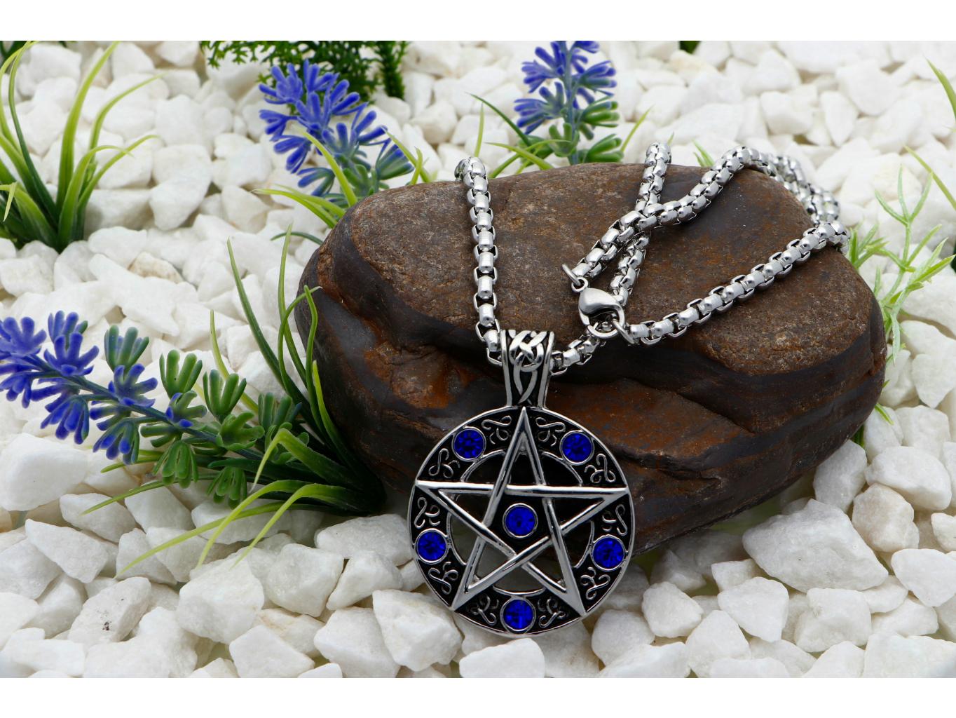 Ewena Přívěsek z chirurgické oceli, Davidova hvězda s modrými zirkony + dárkové balení