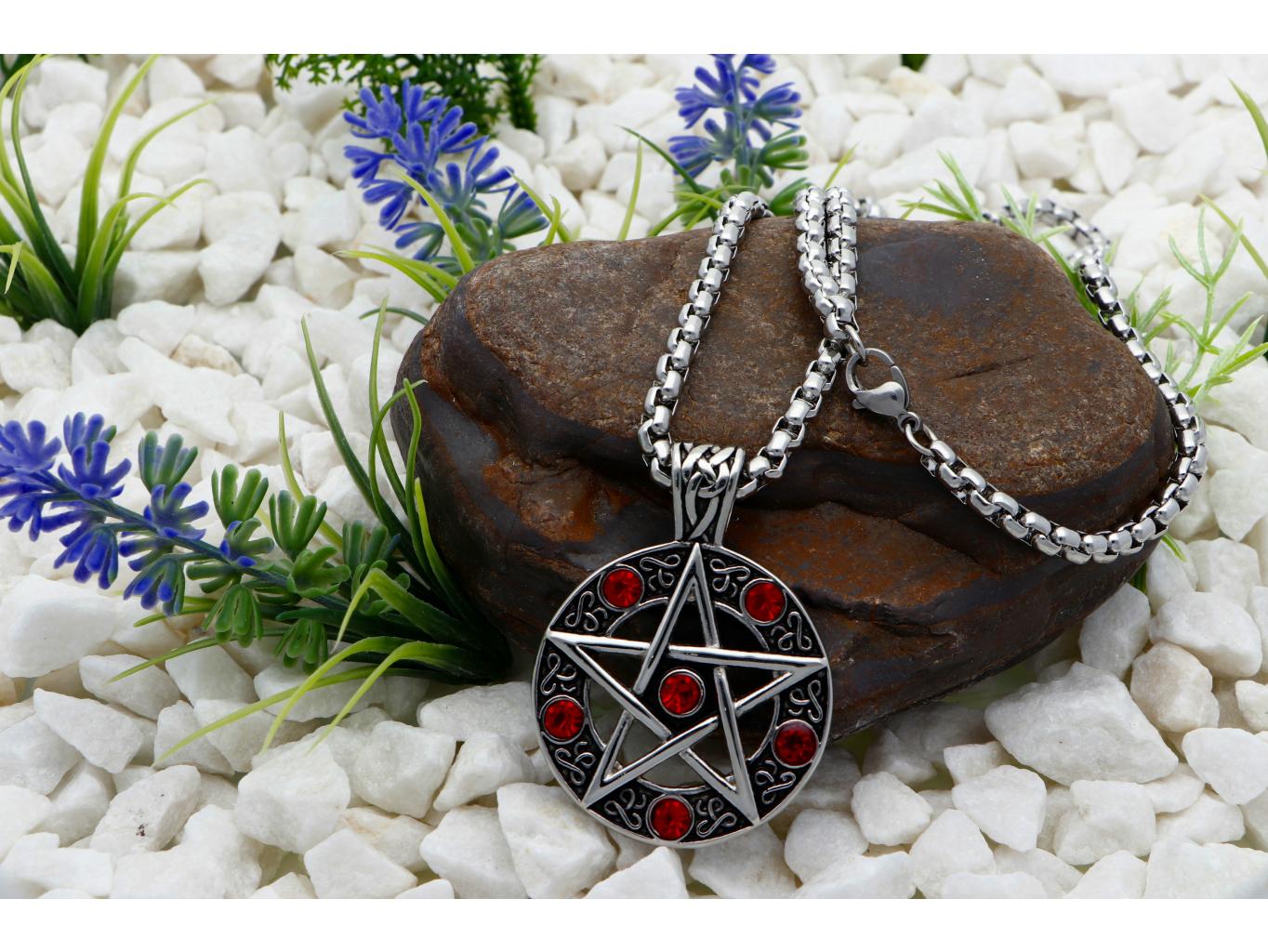 Ewena Přívěsek z chirurgické oceli, Davidova hvězda s červenými zirkony + dárkové balení