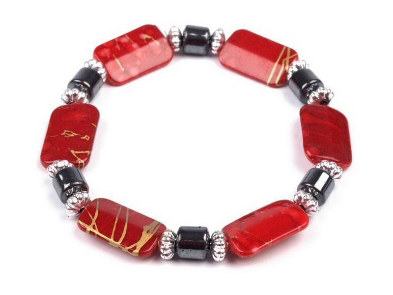 Náramek pružný z plastových kvádrů Barva: Červená