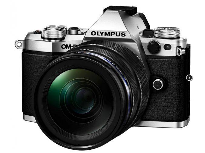 Olympus E-M5 Mark II strieborný + M.ZD ED 12-40mm f/2.8 PRO