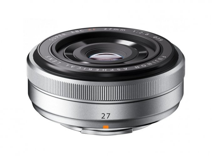 Fujifilm XF 27mm f/2,8 strieborný