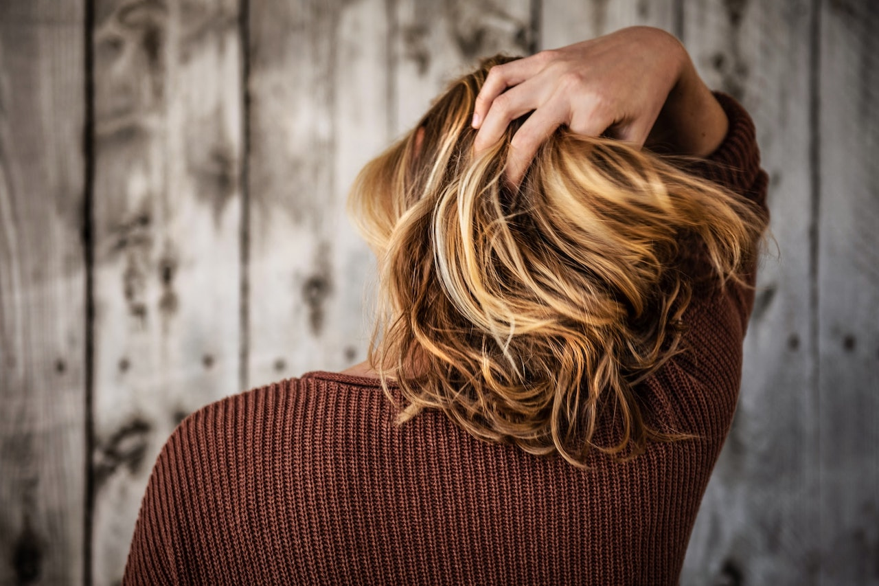 Jak v pár krocích uzdravit zničené a suché vlasy