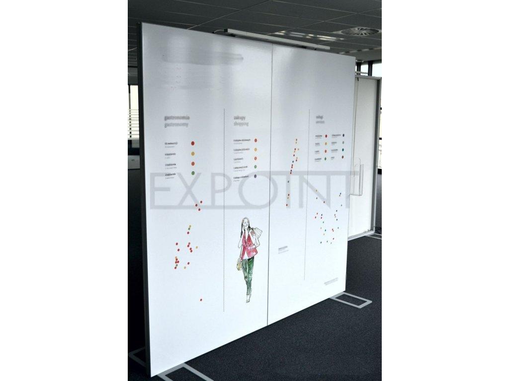 Výstavní stěna EFFECT nedělená do interiéru