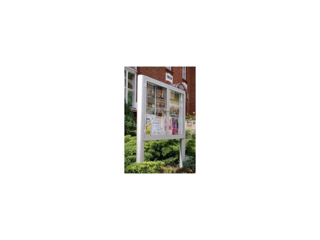 Venkovní vitrína GEX04OB s širokým profilem dvoudílná