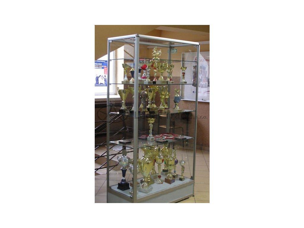 Prezentační vitrína bez horního soklu - kalené sklo