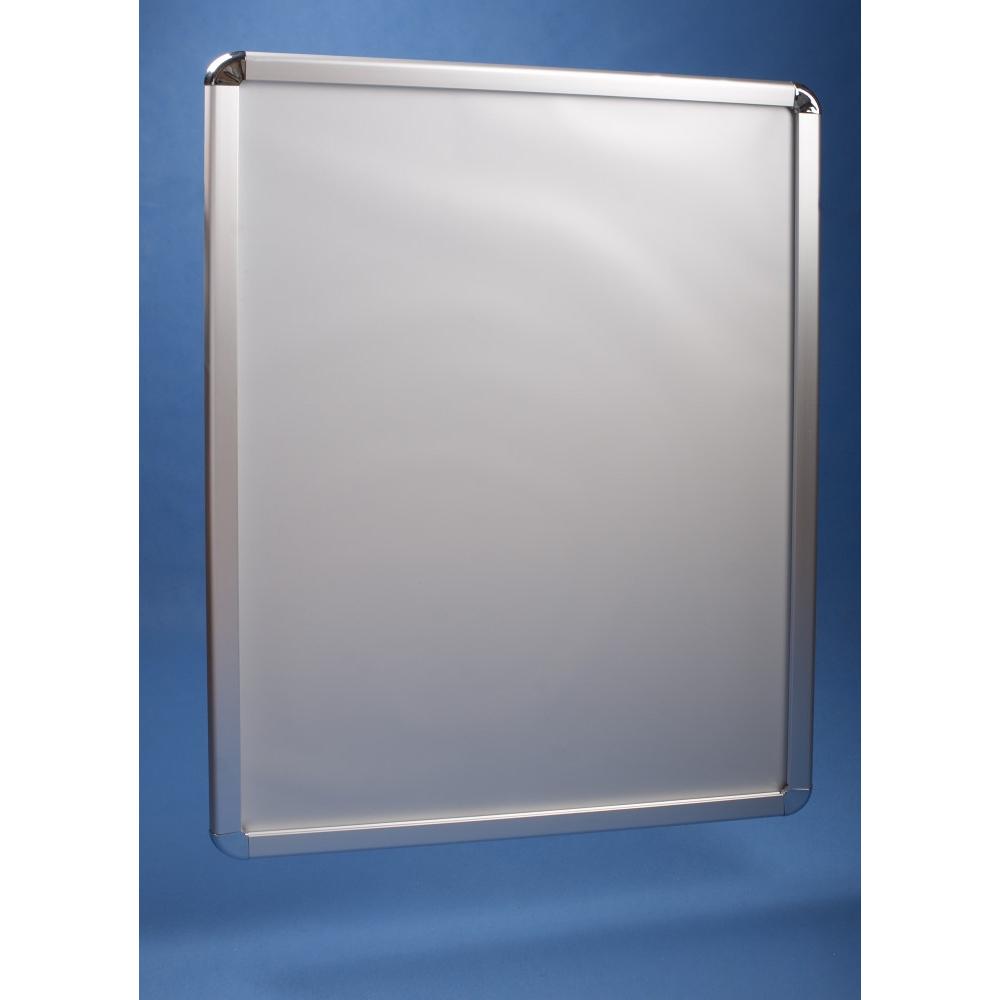 EXPOINT Clip rám B2 (50 x 70 cm) antireflexní s oblými rohy Název: Antireflexní zesílená folie 0,4 mm pro ochranu a lepší viditelnost