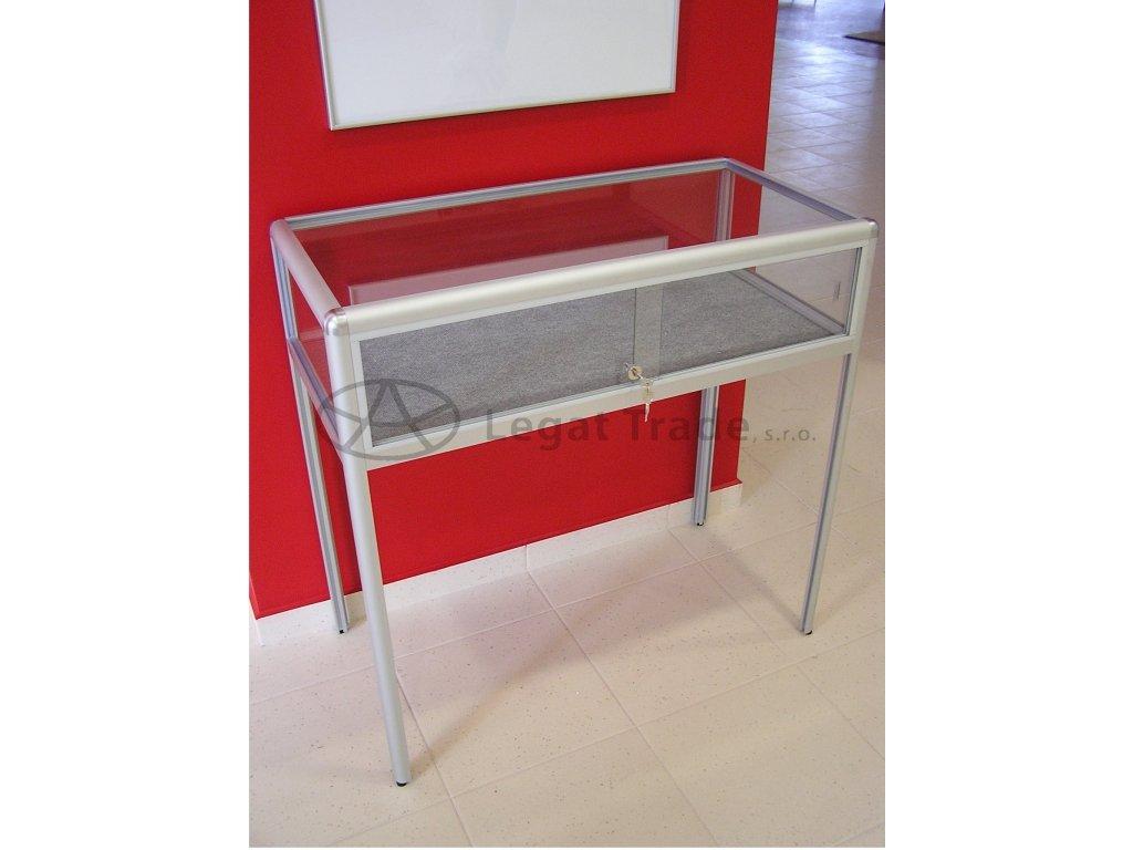 Výstavná vitrína stolová /kalené sklo/