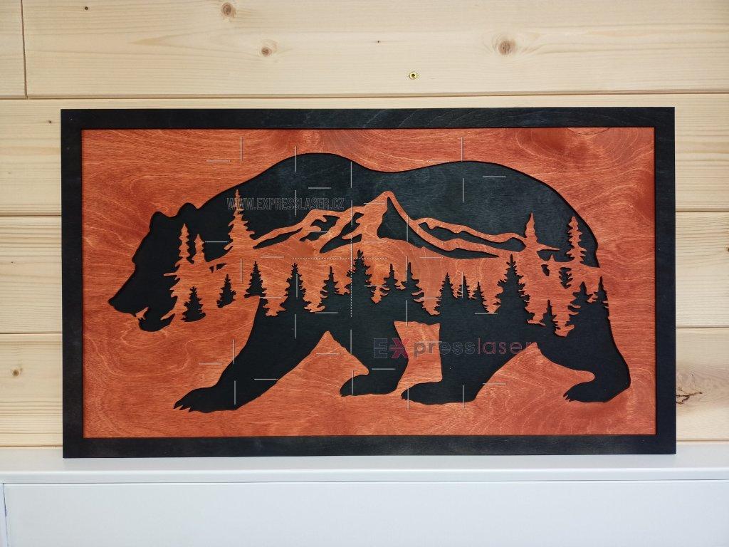 Dřevěný obraz Medvěd v horách