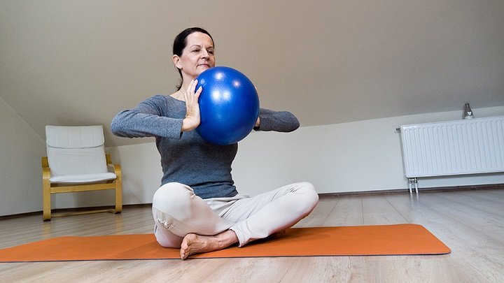 A pilates soft ball gimnasztikai labda használata és előnyei - termékteszt