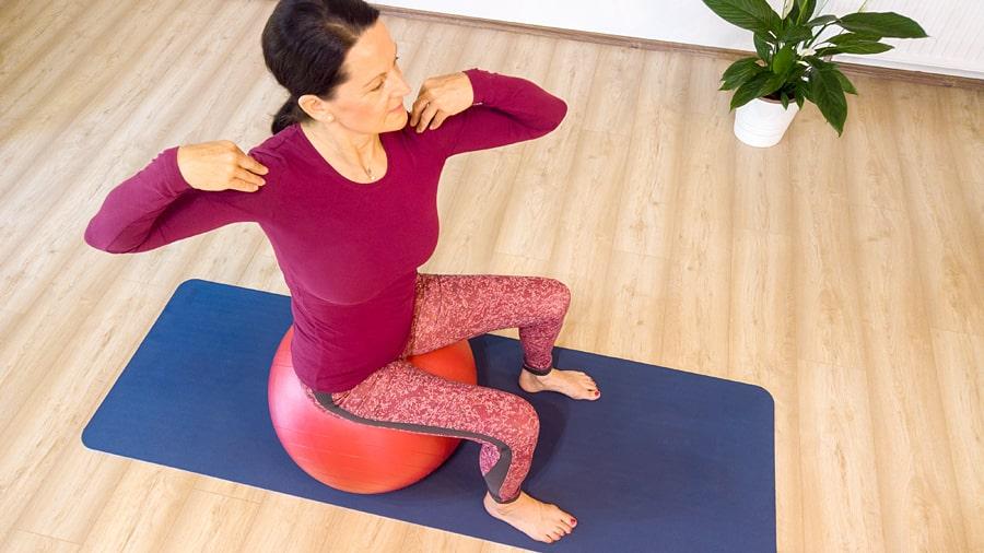 fitness labda gyakorlatok stabil csipo