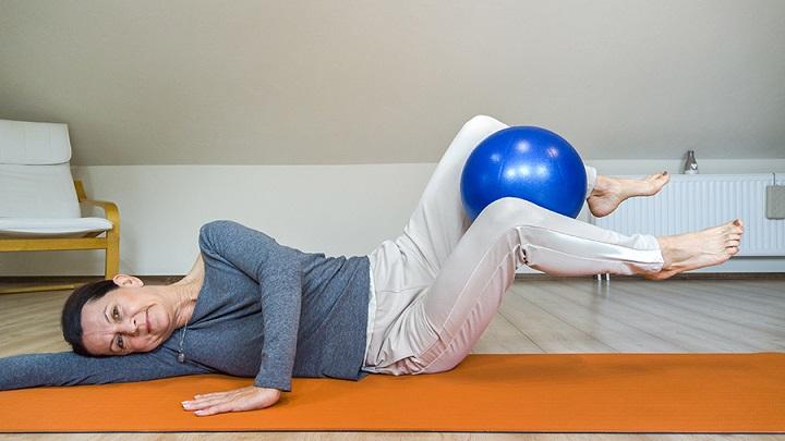 Sissel Pilates Soft Ball labda egyensulygyakorlatok labdaval
