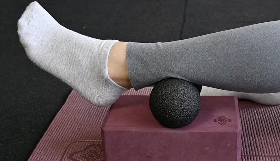 Blackroll-duoball-mini-masszazslabda-gyakorlatok-onmasszazs-jogategla