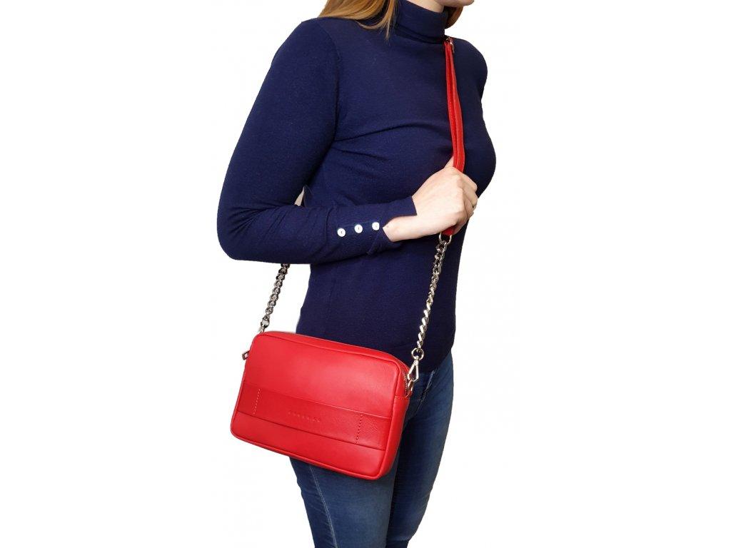 kožená crossbody kabelka červená metalická (4)