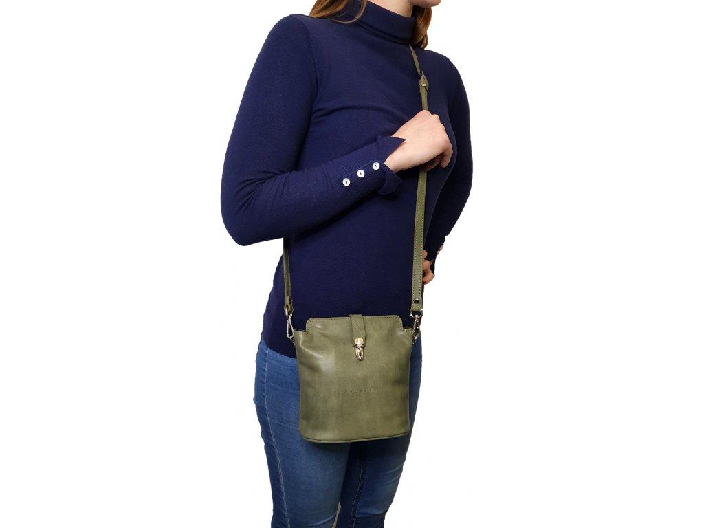 9603 45 damska kozena kabelka facebag anna s tmava modra hladka 1001x1300
