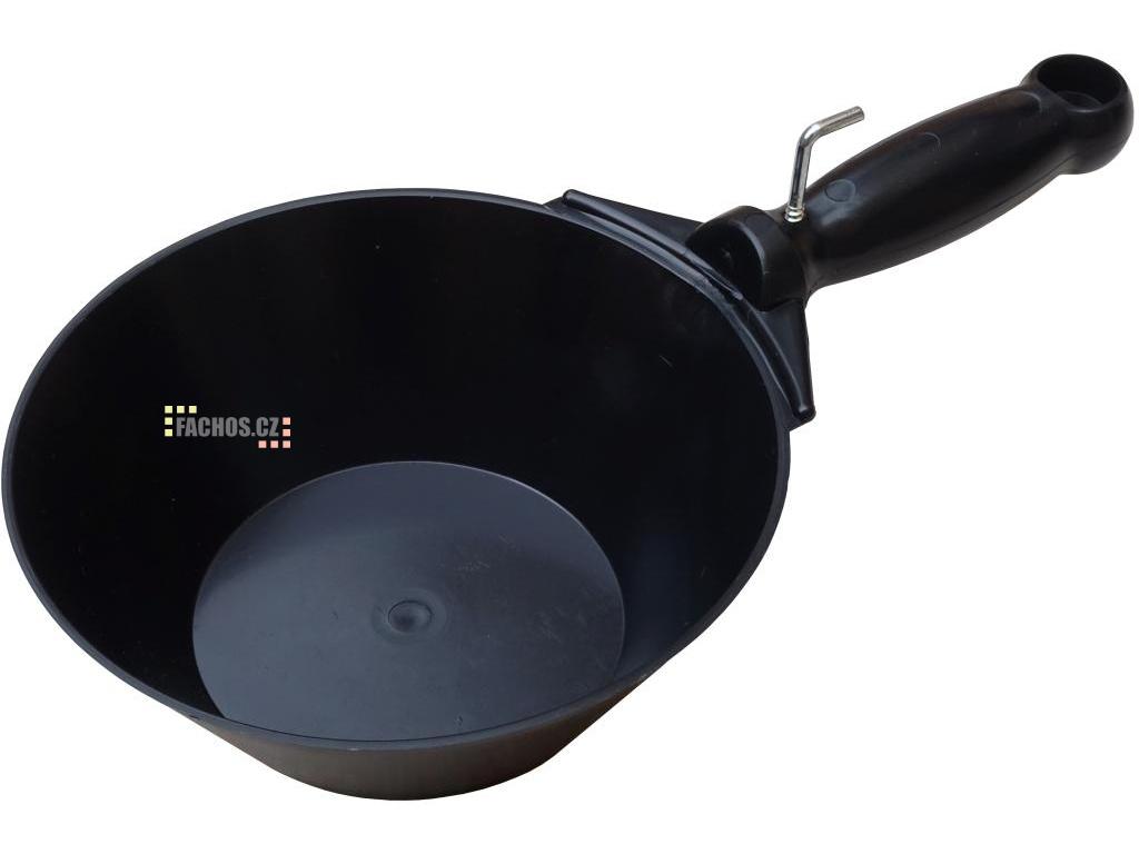 Plastová fanka černá (fachos.cz)