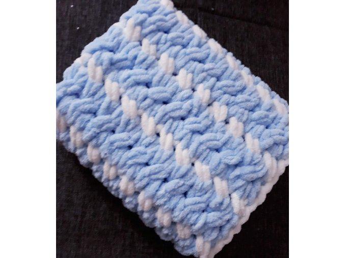 pletená dětská deka  bílomodrá