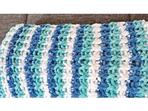 Pletená dětská  deka modrobílá