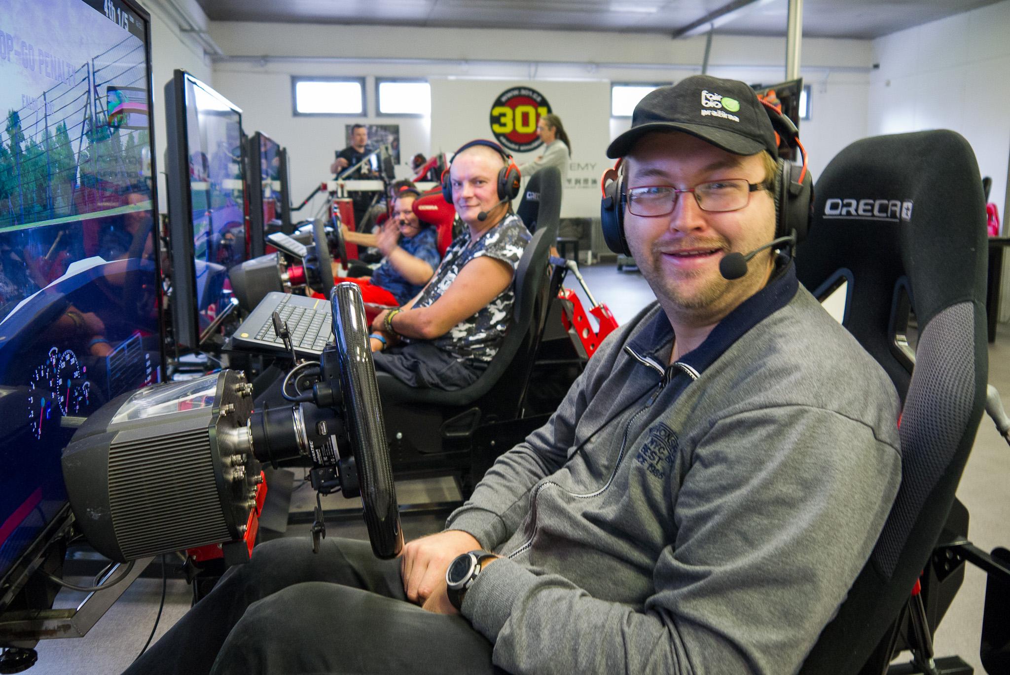 S pražírnou na závodních simulátorech