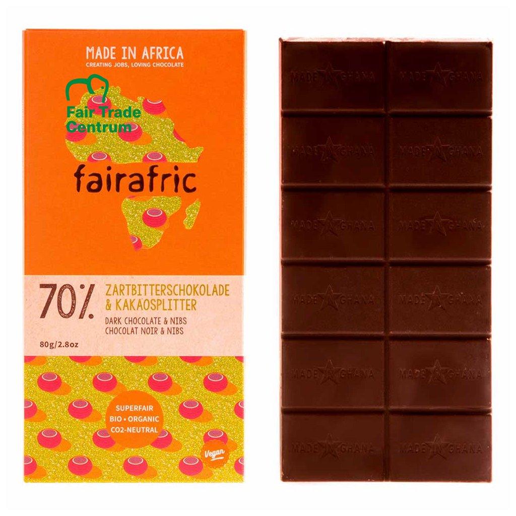 Fair trade hořká čokoláda s kousky kakaových bobů, vyrobená fairafric v Ghaně