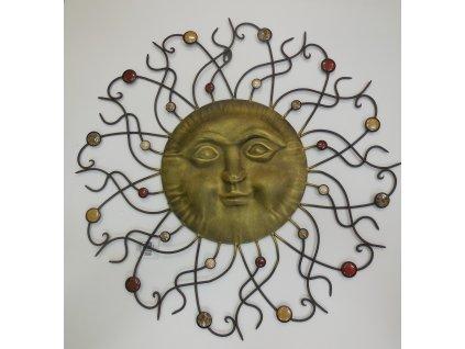 Kovové dekorace slunce s kameny na zeď