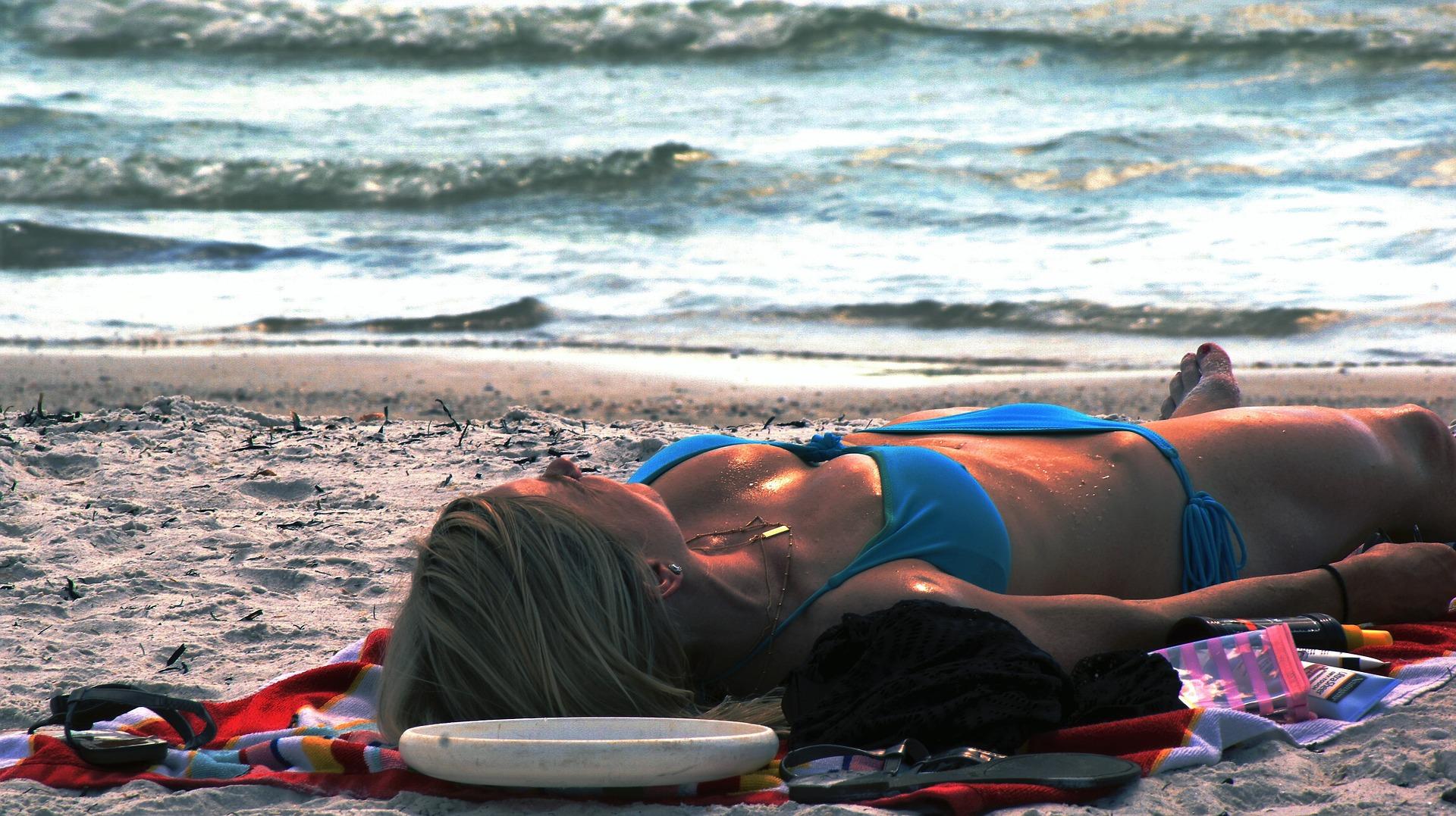 beach-920886_1920