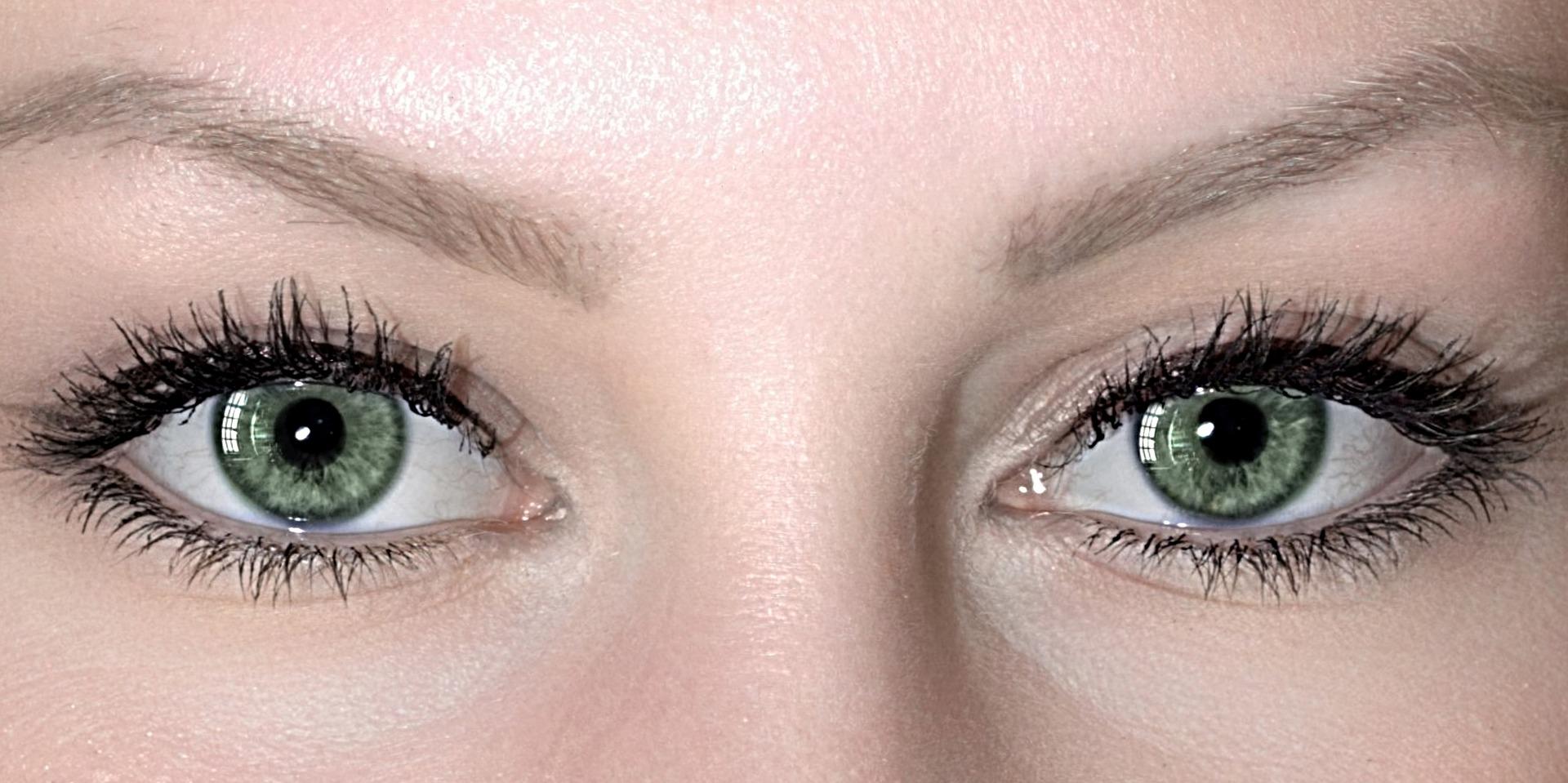 eyes-4079944_1920