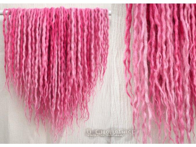 Růžové dready z vlny - BOHO