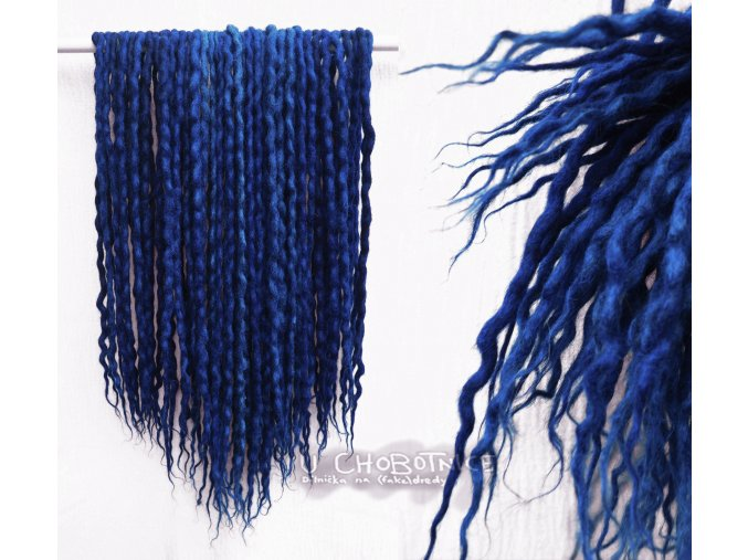 Tmavě modré dredy z vlny - BOHO