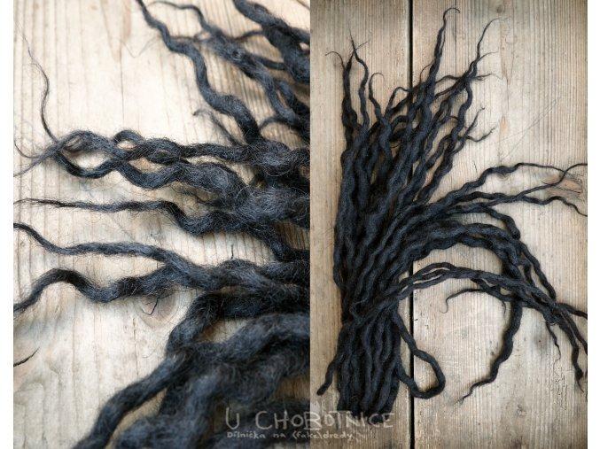 1502 cerne vlnene pseudodredy z vlny