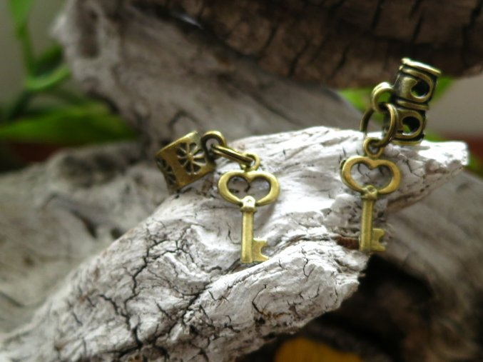 Korálek do dredů klíč - zlatá