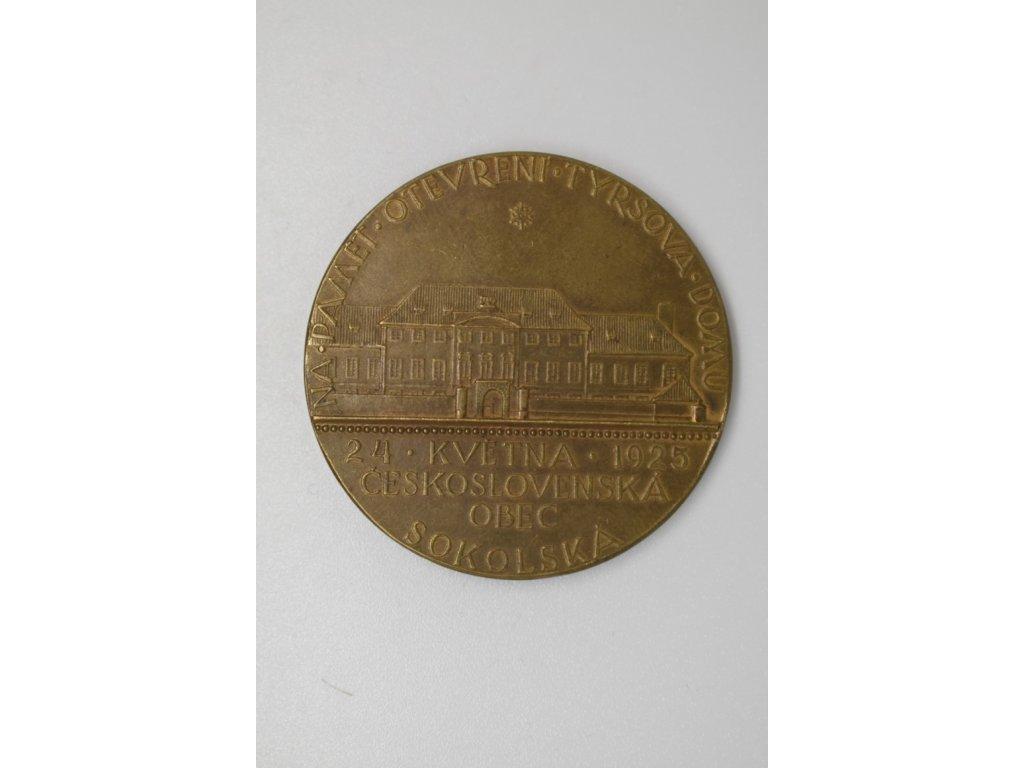 Na památku otevření Tyršova domu 1925, Šejnost